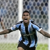Grêmio's Dudu celebrates after scoring against San Lorenzo during their Copa Libertadores de América match at Arena do Grêmio on 30th April, 2014