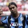 Ronaldinho was on the bench for Querétaro's latest match